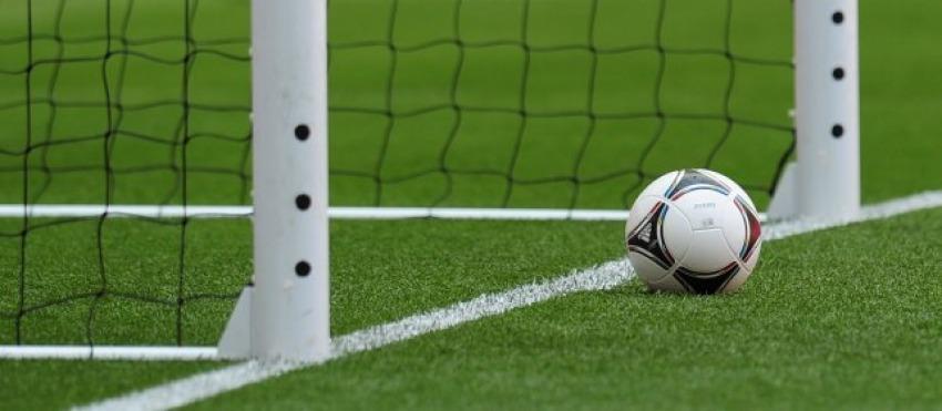 Un calcio al cancro con i 'palloni della salute'